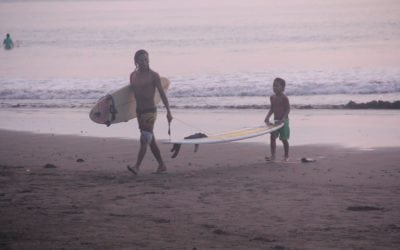 Playa Dominical Surfing